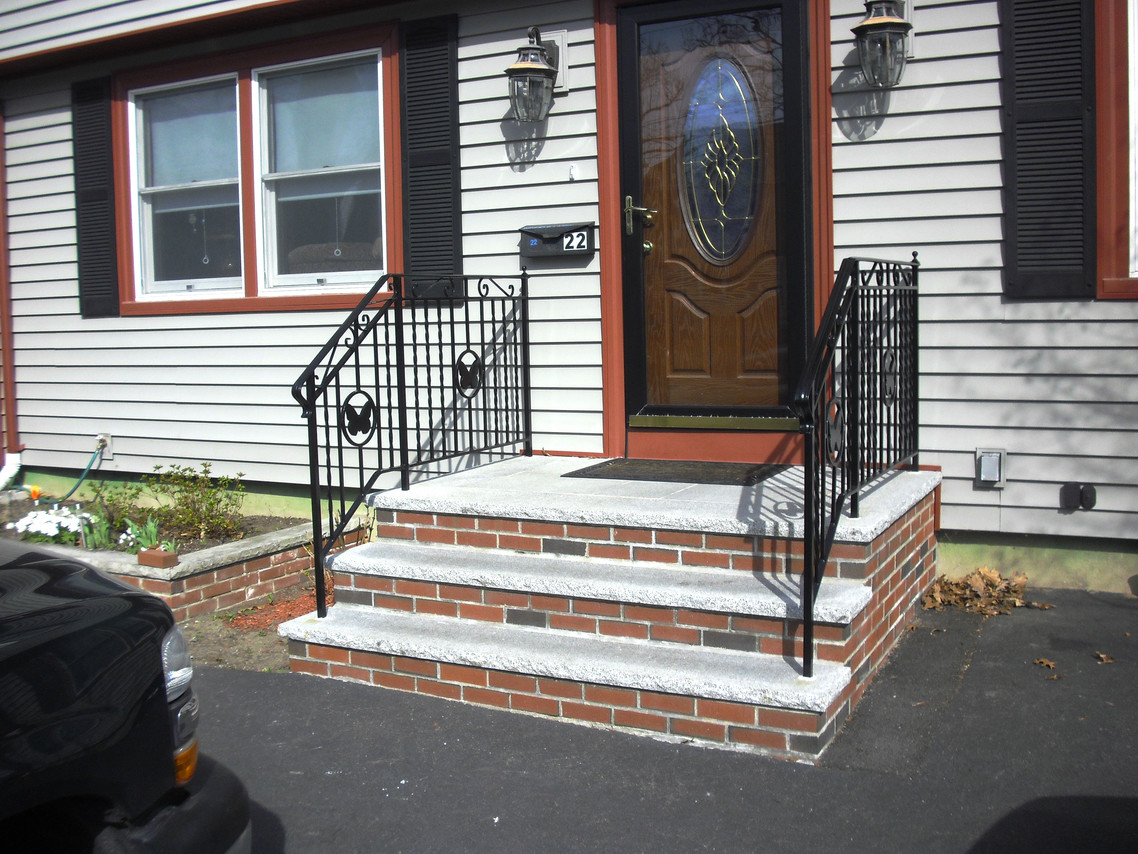 Railing & Custom Iron Railings (Wrought Iron Railings) | Mill City Iron